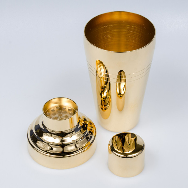 Image of Yukiwa Baron Stainless Steel Gold Plated Cobbler Cocktail Shaker 3