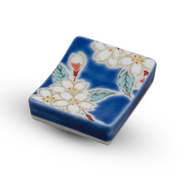 Image of Kutani Blue Sakura Chopstick Rest 1