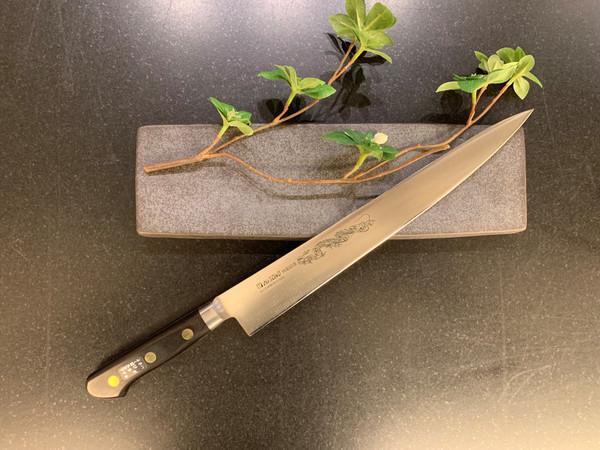 Image of Misono Swedish Carbon Steel Sujihiki 2