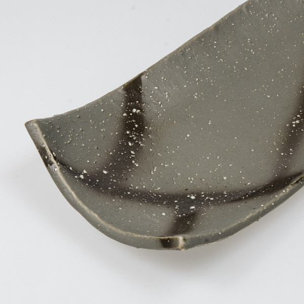 Image of Mikage Black Speckled Oblong Plate 3