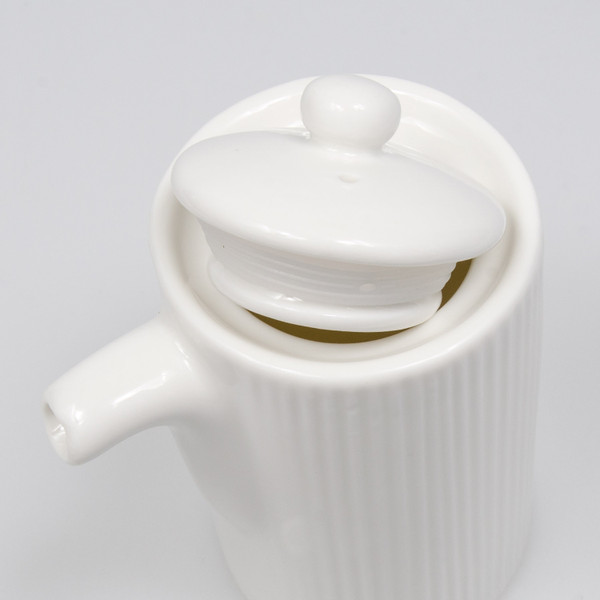 Image of Korin Durable White Tall Sauce Pot with Silicone Lid 2